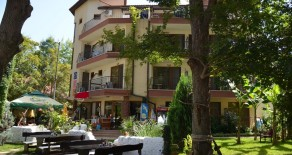 Hotel 50 meters to the sea Lozenets
